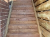 stairs with stringers
