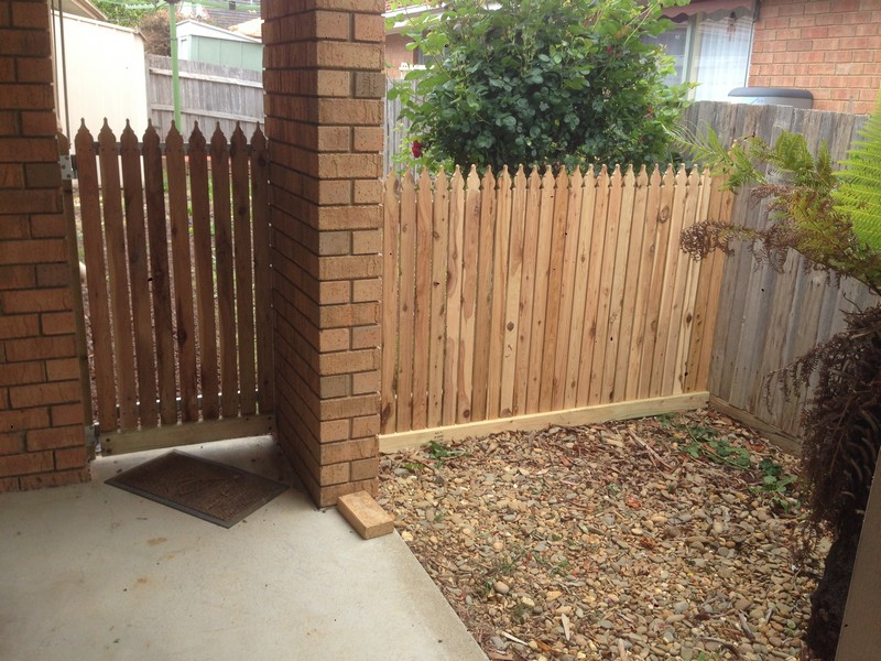 timber picket gate fence knox victoria