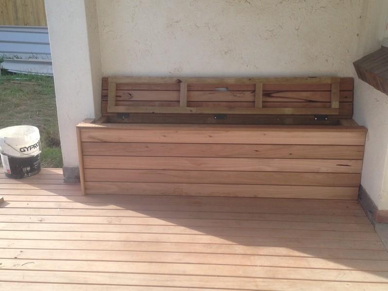 decking corner seat